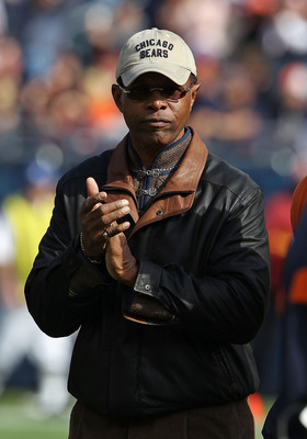CHICAGO - OCTOBER 24: Former player Gayle Sayers of the Chicago Bears is introducted to the crowd before a game against the Washington Redskins at Soldier Field on October 24, 2010 in Chicago, Illinois. (Photo by Jonathan Daniel/Getty Images)