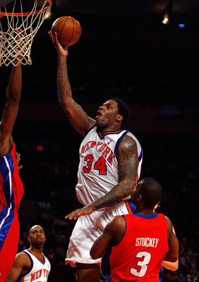 NEW YORK - MARCH 07: Eddy Curry #34 of the New York Knicks lays the ball up against the Detroit Pistons on March 7, 2008 at Madison Square Garden in New York City. NOTE TO USER: User expressly acknowledges and agrees that, by downloading and/or using this