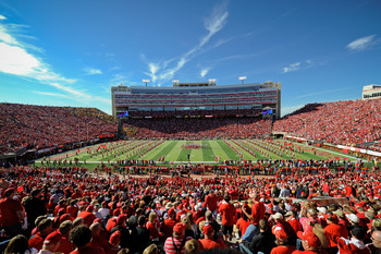 LINCOLN, NE - OCTOBER 30: The Husker faithful pack the stadium before the Nebraska Cornhuskers play the Missouri Tigers at Memorial Stadium on October 30, 2010 in Lincoln, Nebraska. Nebraska Defeated Missouri 31-17. (Photo by Eric Francis/Getty Images)