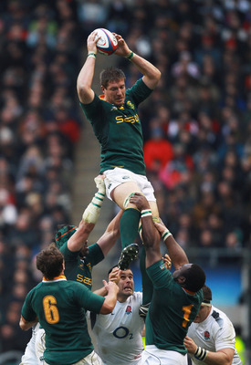 LONDON, ENGLAND - NOVEMBER 27:  Bakkies Botha of South Africa jumps for the line out ball during the Investec Challenge match between England and South Africa at Twickenham Stadium on November 27, 2010 in London, England.  (Photo by Warren Little/Getty Im