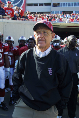 1 Jan 2002:  South Carolina coach Lou Holtz prepares to take the field against Ohio State prior to the start of the Outback Bowl at Raymond James Stadium in Tampa, Florida. USC won 31-28. DIGITAL IMAGE. Mandatory Credit: Scott Halleran/Getty Images