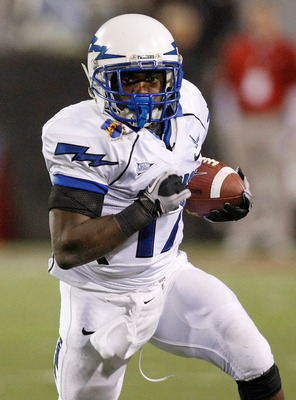 LAS VEGAS - NOVEMBER 18:  Asher Clark #17 of the Air Force Falcons runs for yardage against the UNLV Rebels during their game at Sam Boyd Stadium November 18, 2010 in Las Vegas, Nevada. Air Force won 35-20.  (Photo by Ethan Miller/Getty Images)