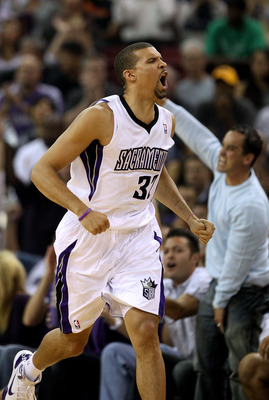 SACRAMENTO, CA - NOVEMBER 03:  Francisco Garcia #32 of the Sacramento Kings reacts after making a three pointer basket against the Los Angeles Lakers at ARCO Arena on November 3, 2010 in Sacramento, California.  NOTE TO USER: User expressly acknowledges a