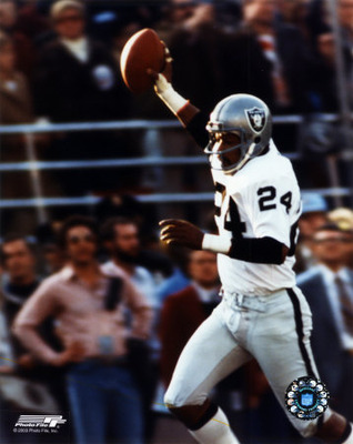 Willie_brown_touchdown_photofile_display_image