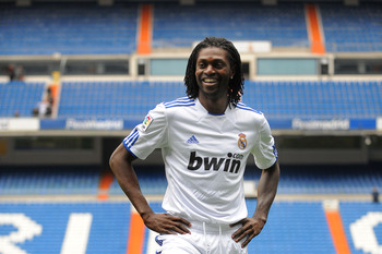 MADRID, SPAIN - JANUARY 27:  Emmanuel Adebayor smiles while being presented as a new Real Madrid player at Estadio Santiago Bernabeu on January 27, 2011 in Madrid, Spain.  (Photo by Denis Doyle/Getty Images)