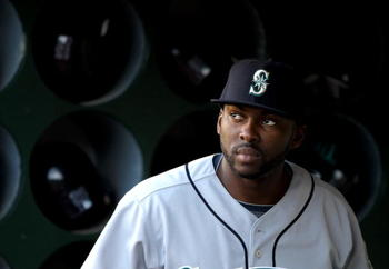 OAKLAND, CA - APRIL 06:  Milton Bradley #15 of the Seattle Mariners stands in the dugout before their game against the Oakland Athletics at the Oakland-Alameda County Coliseum on April 6, 2010 in Oakland, California.  (Photo by Ezra Shaw/Getty Images)