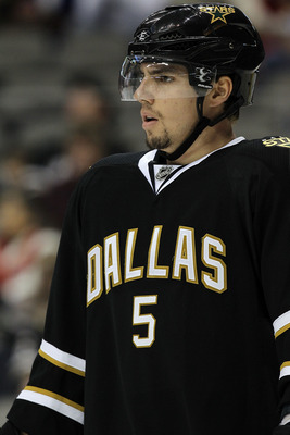 DALLAS, TX - DECEMBER 23:  Matt Niskanen #5 of the Dallas Stars at American Airlines Center on December 23, 2010 in Dallas, Texas.  (Photo by Ronald Martinez/Getty Images)