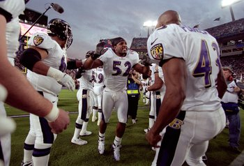 28 Jan 2001:  Ray Lewis #52 of the Baltimore Ravens gets a warm welcome during the team introductions before the start of the Super Bowl XXXV Game against the New York Giants at the Raymond James Stadium in Tampa, Florida. The Ravens defeated the Giants 3