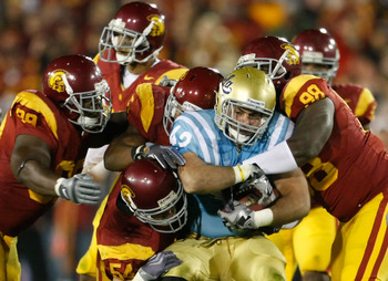 USC Defensive Line stopping UCLA