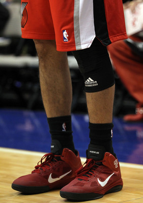 DALLAS, TX - DECEMBER 15:  A detail shot of Brandon Roy #7 of the Portland Trail Blazers at American Airlines Center on December 15, 2010 in Dallas, Texas.  NOTE TO USER: User expressly acknowledges and agrees that, by downloading and or using this photog