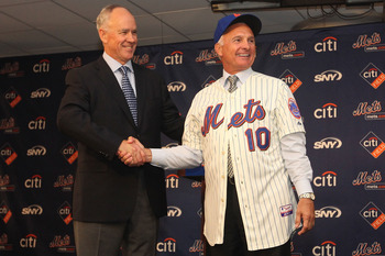 NEW YORK - NOVEMBER 23: Mets General Manager Sandy Alderson introduces the new Mets manager Terry Collins during a press conference at Citi Field on November 23, 2010 in the Flushing neighborhood, of the Queens borough of New York City. (Photo by Chris Mc