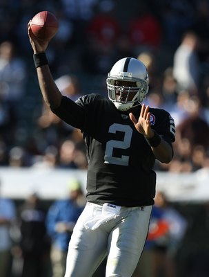 OAKLAND, CA - NOVEMBER 15:  JaMarcus Russell #2 of the Oakland Raiders passes against the Kansas City Chiefs during an NFL game at Oakland-Alameda County Coliseum on November 15, 2009 in Oakland, California.  (Photo by Jed Jacobsohn/Getty Images)