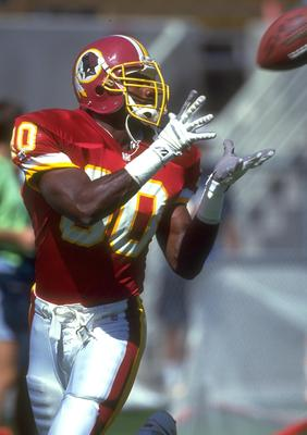 PHOENIX - OCTOBER 4: Desmond Howard #80 of the Washington Redskins catches a pass during the game against the Phoenix Cardinal at Sun Devil Stadium in Tempe, Arizona, October 4, 1992. (Photo by Mike Powell/Getty Images)