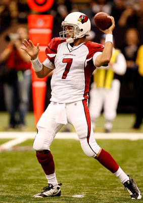 NEW ORLEANS - JANUARY 16:  Quarterback Matt Leinart #7 of the Arizona Cardinals throws a pass against the New Orleans Saints during the NFC Divisional Playoff Game at Louisana Superdome on January 16, 2010 in New Orleans, Louisiana.  (Photo by Ronald Mart