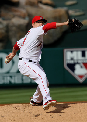 ANAHEIM, CA - SEPTEMBER 08:  Scott Kazmir #19 of the Los Angeles Angels of Anaheim throws a pitch against the Cleveland Indians on September 8, 2010 at Angel Stadium in Anaheim, California.  (Photo by Stephen Dunn/Getty Images)