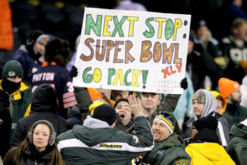 CHICAGO, IL - JANUARY 23:  Green Bay Packers fans hold up a Super Bowl sign after the Packers 21-14 victory against the Chicago Bears in the NFC Championship Game at Soldier Field on January 23, 2011 in Chicago, Illinois.  (Photo by Andy Lyons/Getty Image