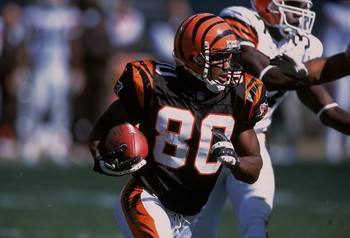 14 Oct 2001:  Peter Warrick #80 of the Cincinnati Bengels carries the ball during the game against the Cleveland Browns at Paul Brown Stadium in Cincinnati, Ohio. The Bengals defeated the Browns 24-14.Mandatory Credit: Tom Pidgeon  /Allsport