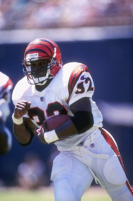 8 Sep 1996:  Running back Ki-Jana Carter of the Cincinnati Bengals carries the ball during the Bengals 27-14 loss to the San Diego Chargers at Jack Murphy Stadium in San Diego, California. Mandatory Credit: J.D. Cuban  /Allsport
