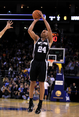 OAKLAND, CA - JANUARY 24:  Richard Jefferson #24 of the San Antonio Spurs in action against the Golden State Warriors at Oracle Arena on January 24, 2011 in Oakland, California.  NOTE TO USER: User expressly acknowledges and agrees that, by downloading an