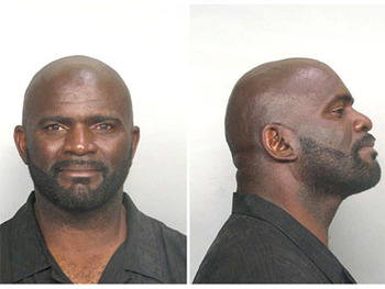 Mug-shot-lawrence-taylor_display_image