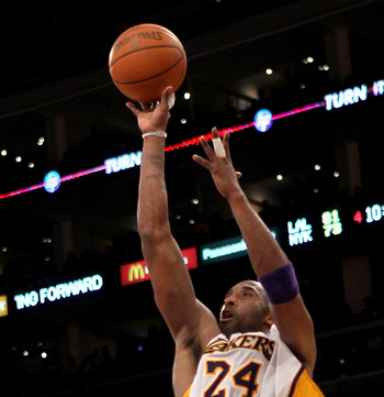 LOS ANGELES, CA - JANUARY 09:  Kobe Bryant #24 of the Los Angeles Lakers shoots against the New York Knicks at Staples Center on January 9, 2011 in Los Angeles, California.  The Lakers won 109-87.   NOTE TO USER: User expressly acknowledges and agrees tha