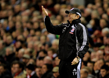 LIVERPOOL, ENGLAND - FEBRUARY 02:  Stoke City Manager Tony Pulis gestures during the Barclays Premier League match between Liverpool and Stoke City at Anfield on February 2, 2011 in Liverpool, England. (Photo by Michael Regan/Getty Images)
