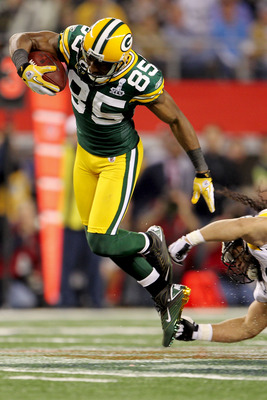 ARLINGTON, TX - FEBRUARY 06:  Greg Jennings #85 of the Green Bay Packers makes a first down catch in the fourth quarter during Super Bowl XLV at Cowboys Stadium on February 6, 2011 in Arlington, Texas.  (Photo by Jamie Squire/Getty Images)