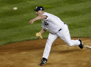 BRONX, NY - OCTOBER 18:  Starting pitcher David Wells #33 of the New York Yankees throws against the Florida Marlins in the first inning during game one of the Major League Baseball World Series October 18, 2003 at Yankee Stadium in the Bronx, New York.