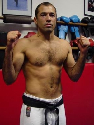 Royce_gracie_no_gi_display_image