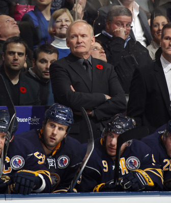 TORONTO, ON - NOVEMBER 06:  Head coach Lindy Ruff of the Buffalo Sabres gives players directions in their game against the Toronto Maple Leafs at the Air Canada Centre on November 6, 2010 in Toronto, Canada.  (Photo by Bruce Bennett/Getty Images)