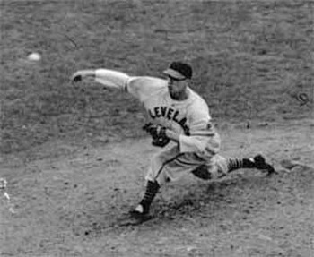 Bob-feller-pitching_display_image