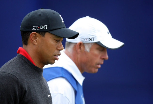 LA JOLLA, CA - JANUARY 30:  Tiger Woods walks the 1st fairway with caddie Steve Williams during the final round of the Farmers Insurance Open at the Torrey Pines South Course on January 30, 2011 in La Jolla, California.  (Photo by Donald Miralle/Getty Ima