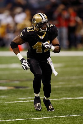 NEW ORLEANS - DECEMBER 07:  Roman Harper #41 of the New Orleans Saints runs against  the Atlanta Falcons on December 7, 2008 at the Superdome in New Orleans, Louisiana.  (Photo by Chris Graythen/Getty Images)