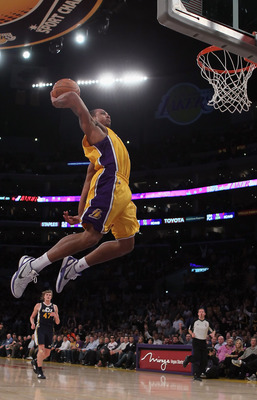 LOS ANGELES, CA - JANUARY 25:  Shannon Brown #12 of the Los Angeles Lakers goes up for a dunk against the Utah Jazz in the second half at Staples Center on January 25, 2011 in Los Angeles, California. The Lakers defeated the Jazz 120-91. NOTE TO USER: Use