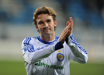 KIEV, UKRAINE - OCTOBER 17:  Andriy Shevchenko of FC Dynamo Kiev applauds the fans after the Ukrainian League match between FC Dynamo Kiev and FC Obolon held on October 17, 2009 at the Lobanovskyy Dynamo Stadium, in Kiev, Ukraine. (Photo by Sergei Supinsk