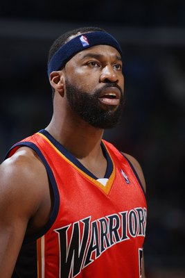 NEW ORLEANS - JANUARY 30:  Baron Davis #5 of the Golden State Warriors watches a free throw against the New Orleans Hornets on January 30, 2008 at the New Orleans Arena in New Orleans, Louisiana.  NOTE TO USER: User expressly acknowledges and agrees that,