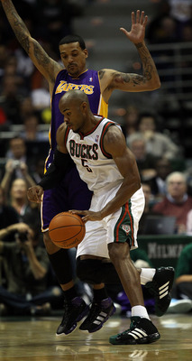 MILWAUKEE - NOVEMBER 16: Corey Maggette #5 of the Milwaukee Bucks moves against Matt Barnes #9 of the Los Angeles Lakers at the Bradley Center on November 16, 2010 in Milwaukee, Wisconsin. The Lakers defeated the Bucks 118-107. NOTE TO USER: User expressl