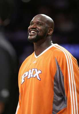 LOS ANGELES, CA - FEBRUARY 26:  Shaquille O'Neal #32 of the Phoenix Suns smiles on the court during warm-ups prior to the NBA game against the Los Angeles Lakers at Staples Center February 26, 2009 in Los Angeles, California.  NOTE TO USER: User expressly