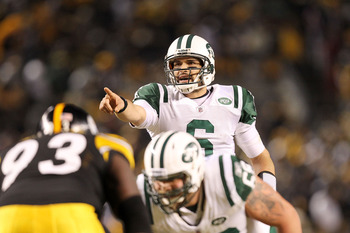 PITTSBURGH, PA - JANUARY 23:  Mark Sanchez #6 of the New York Jets calls a play during their 19 to 24 loss to the Pittsburgh Steelers in the 2011 AFC Championship game at Heinz Field on January 23, 2011 in Pittsburgh, Pennsylvania.  (Photo by Ronald Marti