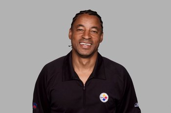 PITTSBURGH - 2008:  Ray Horton of the Pittsburgh Steelers poses for his 2008 NFL headshot at photo day in Pittsburgh, Pennsylvania.  (Photo by Getty Images)