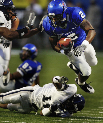 Rice_memphis_football_display_image