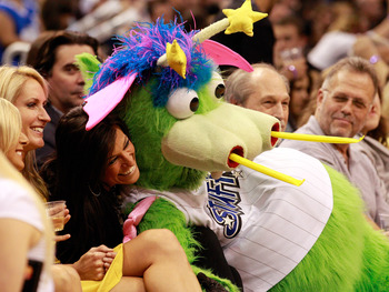 ORLANDO, FL - FEBRUARY 08:  Stuff, mascot of the Orlando Magic, entertains the corwd during the game at Amway Arena on February 8, 2011 in Orlando, Florida.  NOTE TO USER: User expressly acknowledges and agrees that, by downloading and or using this Photo