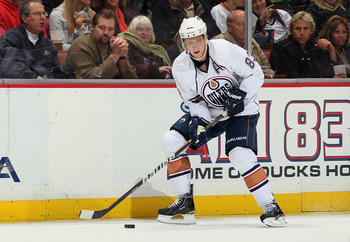 ANAHEIM, CA - NOVEMBER 21:  Ales Hemsky #83 of the Edmonton Oilers skates against the Anaheim Ducks at the Honda Center on November 21, 2010 in Anaheim, California.  (Photo by Jeff Gross/Getty Images)