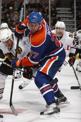 EDMONTON, CANADA - NOVEMBER 17: Dustin Penner #27 of the Edmonton Oilers skates against the Chicago Black Hawks on November 17, 2010 at Rexall Place in Edmonton, Alberta, Canada. (Photo by Dale MacMillan/Getty Images)