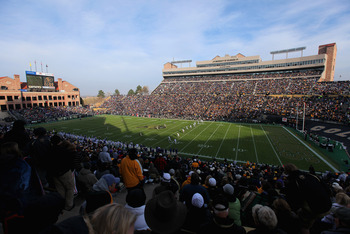 BOULDER, CO - NOVEMBER 20:  A general view of the stadium as the Colorado Buffaloes face the Kansas State Wildcats at Folsom Field on November 20, 2010 in Boulder, Colorado. Colorado defeated Kansas State 44-36.  (Photo by Doug Pensinger/Getty Images)