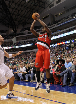 DALLAS, TX - DECEMBER 15:  Guard Wesley Matthews #2 of the Portland Trail Blazers takes a shot against the Dallas Mavericks at American Airlines Center on December 15, 2010 in Dallas, Texas.  NOTE TO USER: User expressly acknowledges and agrees that, by d