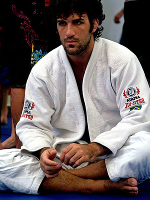 Rollesgracie_display_image