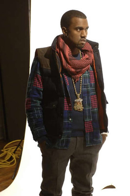 Kanye-west-homecoming-behind-scenes-1_display_image