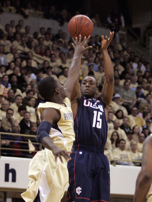 PITTSBURGH, PA - DECEMBER 27:  Kemba Walker #15 of the Connecticut Huskies pulls up for a three against the Pittsburgh Panthers at Petersen Events Center on December 27, 2010 in Pittsburgh, Pennsylvania.  (Photo by Justin K. Aller/Getty Images)