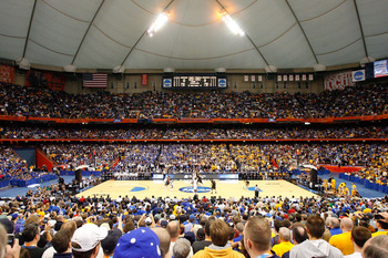 SYRACUSE, NY - MARCH 27:  A general view of the opening tipoff between the Kentucky Wildcats and the West Virginia Mountaineers during the east regional final of the 2010 NCAA men's basketball tournament at the Carrier Dome on March 27, 2010 in Syracuse,